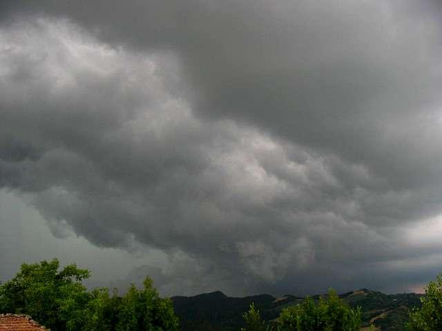 Allerta Meteo Gialla per temporali e vento nel piacentino per domenica 1 agosto