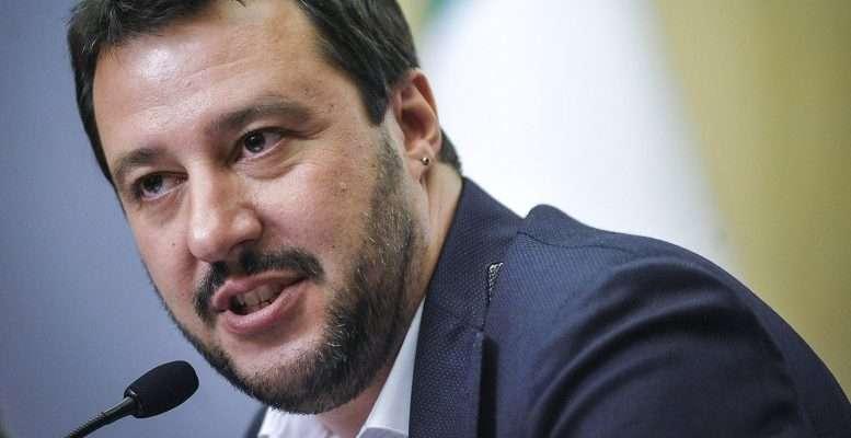 Salvini ancora contro Berlusconi: