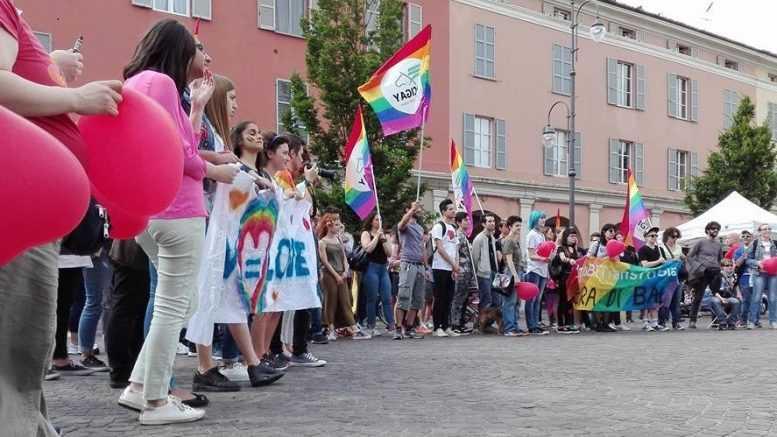 Giornata contro omofobia, 120 coristi alla Notari