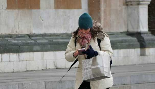 Arriva il primo freddo della stagione, temperature in discesa anche a Piacenza. Allerta Meteo per vento - AUDIO
