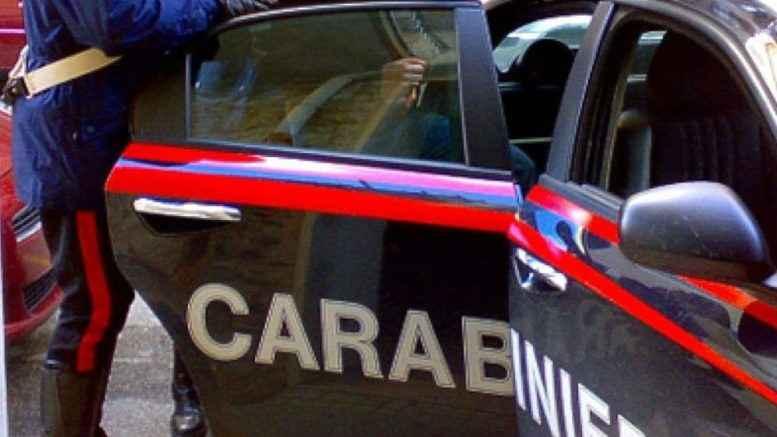 Minaccia e aggredisce operatore di una comunità, arrestato. Protagonista un 23enne di origini albanesi, Ruba due cellulari ai colleghi, Tentato furto a Gragnano