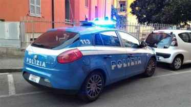 Accoltellamento in via Torricella, 29enne caduta dal balcone