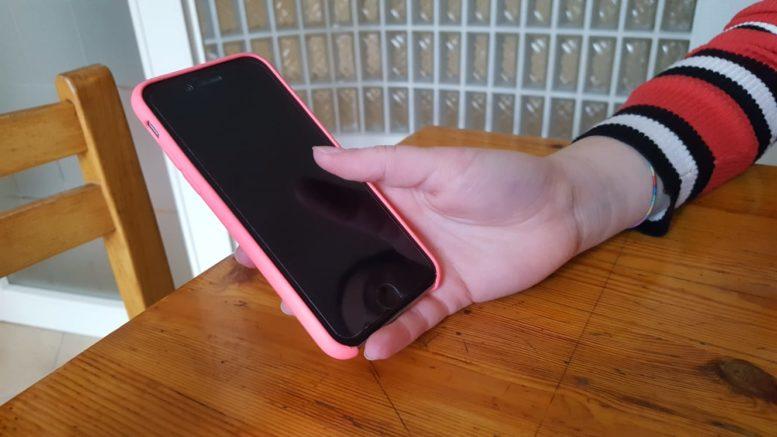 dare smartphone e tablet ai giovanissimi