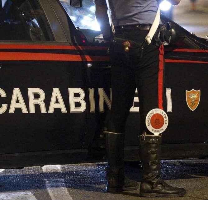 Aggredita e rapinata 60enne nel Quartiere Roma