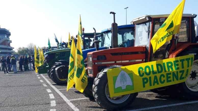 Agricoltori piacentini manifestano a Verona