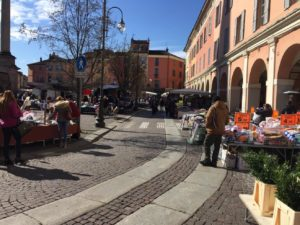 Riapertura del mercato nel centro di Piacenza