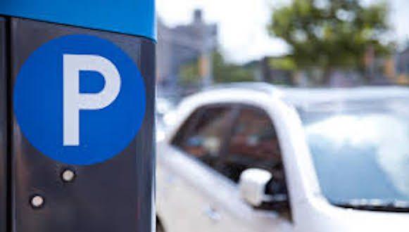 """Coronavirus: automobilisti costretti a casa, ma sanzionati se non spostano le auto dalle strisce blu. Cugini (Pd): """"Sono multe amorali"""" - AUDIO intervista"""