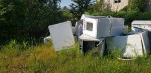 Cadeo, scoperta una maxi discarica abusiva di lavatrici