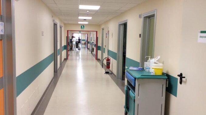 Coronavirus, a Piacenza 18 nuovi casi. 5 di rientro dall'estero e 3 dalle vacanze in Sardegna