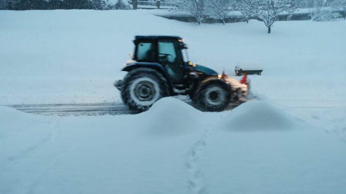 """Albertini, Sindaco di Alta Val Tidone: """"Pronti per la prossima nevicata, ma dobbiamo prevedere nuove risorse in bilancio"""". A Ceci di Sopra spalatori in azione - AUDIO e FOTO"""