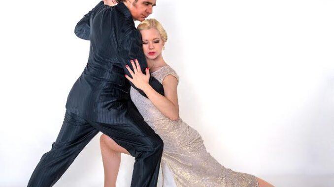 El Tango, il 23 luglio la spettacolare danza della Roberto Herrera Tango Company nel cortile all'aperto di Palazzo Farnese