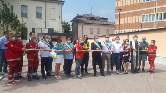 """Inaugurata a Cadeo la Piazzetta del Pellegrino. Il sindaco Bricconi: """"Il paese prosegue la sua storia di condivisione e accoglienza millenaria"""""""